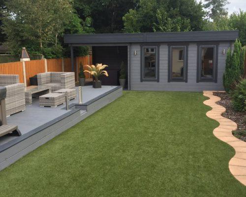 Modernes Holzhaus mit Terrasse Jacob E
