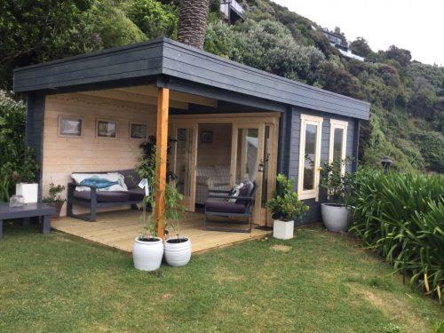 Modernes Gartenhaus mit Terrasse Lucas E 9m² / 44mm / 3×6