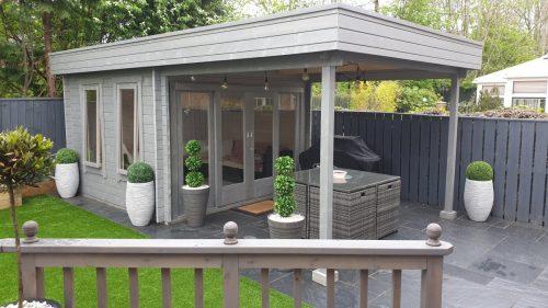 Modernes Gartenhaus mit Sonnendach Lucas E 9m² 44mm 3x31