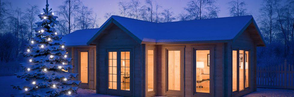 Ein Gartenhaus kann auch für das Basteln von Weihnachtsdekorationen genutzt werden