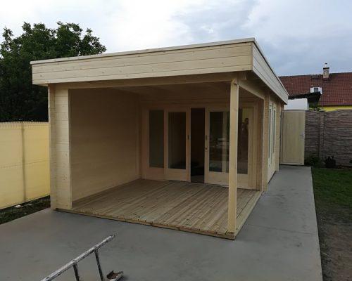 Montage des Gartenhauses Super Lucas E mit Lagerraum und Veranda