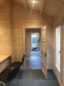 Holzhaus mit 70 mm Wandstärke als Bürogebäude