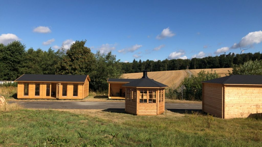 Offizielle Eröffnung unseres Ausstellungsgeländes (unsere Ausstellungsfläche) für Gartenhäuser in Pfalzfeld im September 2018-6