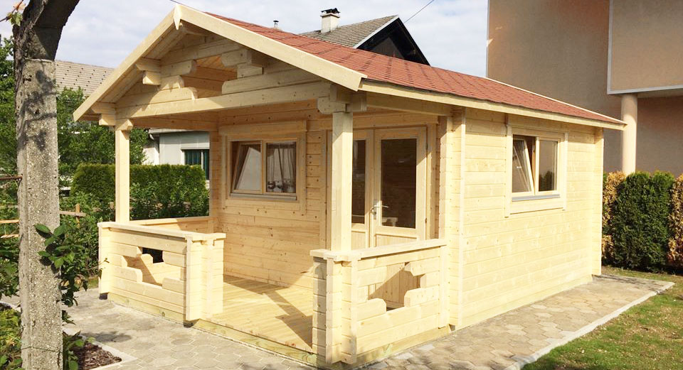 Im Garten ein Holzhaus - Natur ist Trumpf