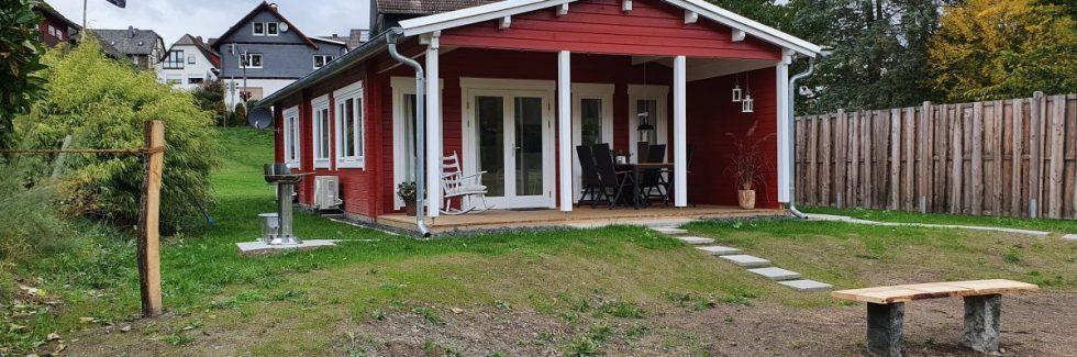 Blockhaus-Ferienhaus Holiday A als Airbnb Ferienhaus am Perfstausee, Breidenstein